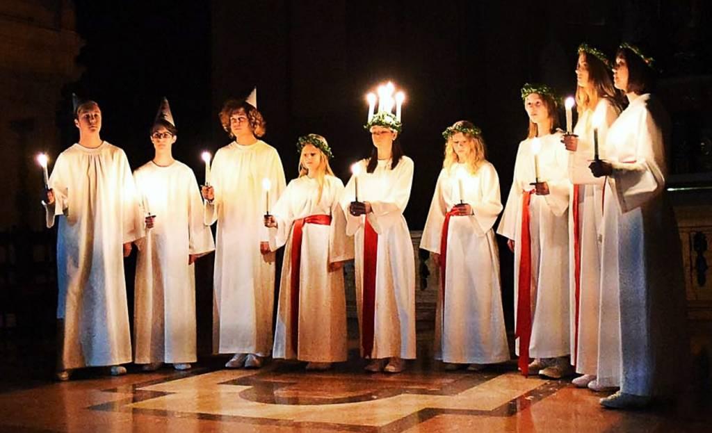 assosvezia camera comemercio italo svedese tradizioni celebrazioni santa lucia saint lucia celebration tradition christmas 2016 chiesa san fedele milano concerto