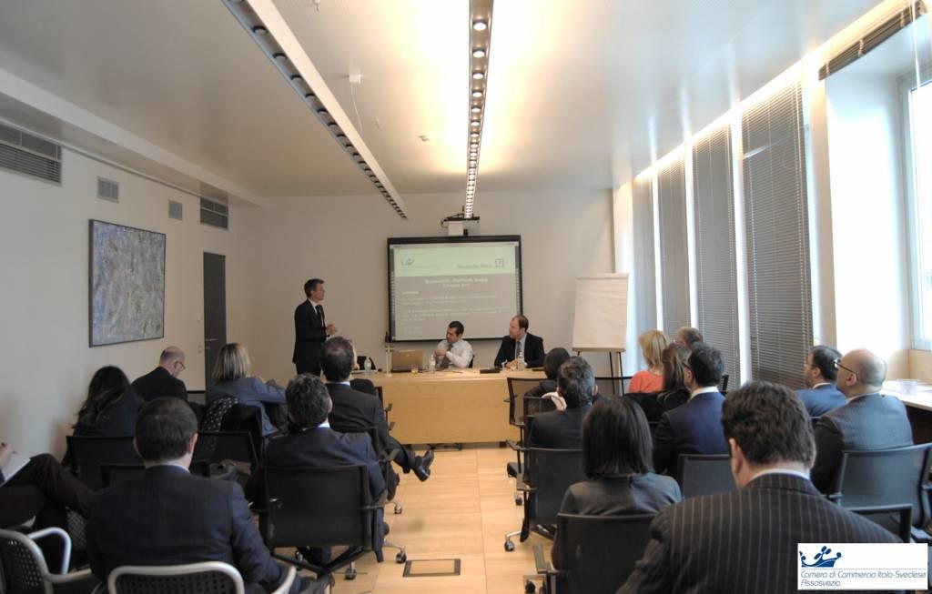 economic outlook italia assosvezia camera commercio italo svedese andamento economia finanza deutsche bank seminario approfondimento