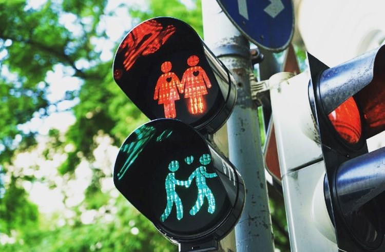 rassegna stampa svedese assosvezia mano lgbt semafori gay friendly gay pride festival